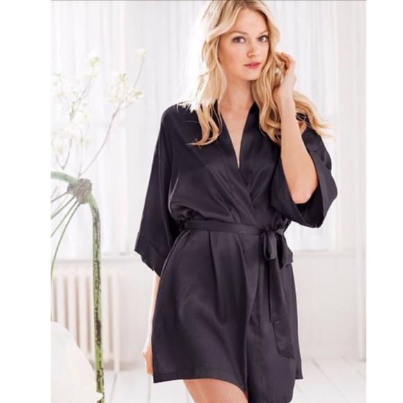 XS//S Victorias Secret Satin Silky Pocket Robe Kimono Black Floral NWT